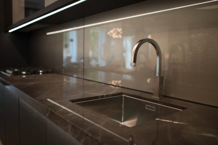 The Best Touchless Kitchen Faucets You'll Fall in Love With