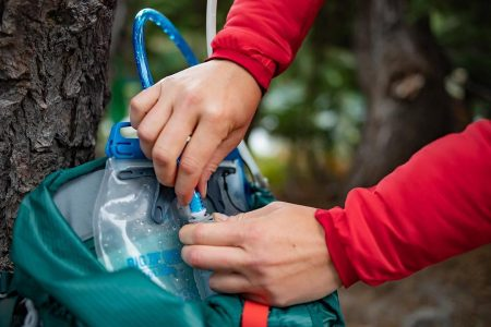 7 Best Portable Water Filters (2020 Reviews)