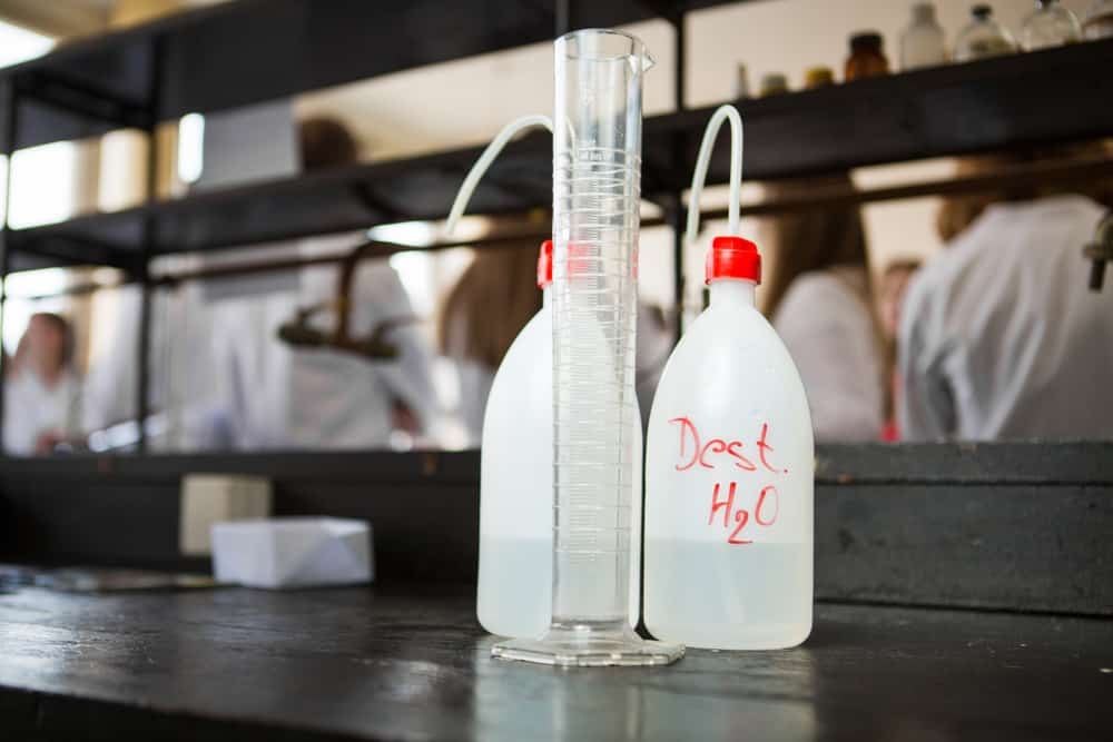 Can You Drink Distilled Water? (9 Pros & Cons You Should Know)