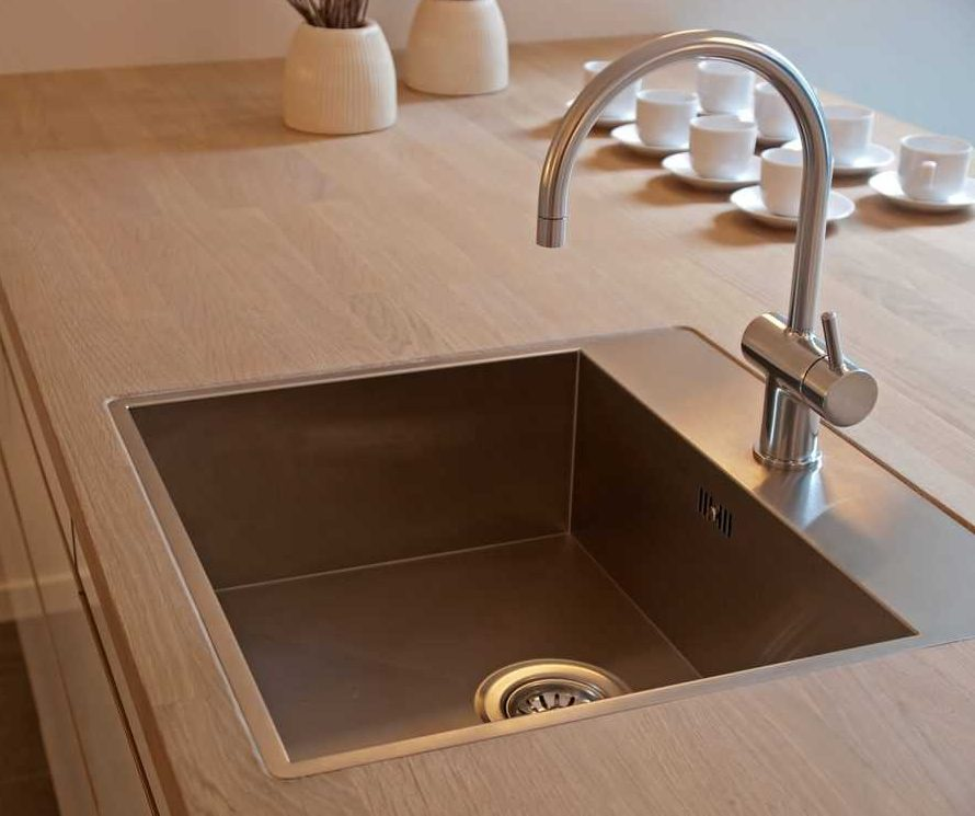 A modern stainless steel kitchensink