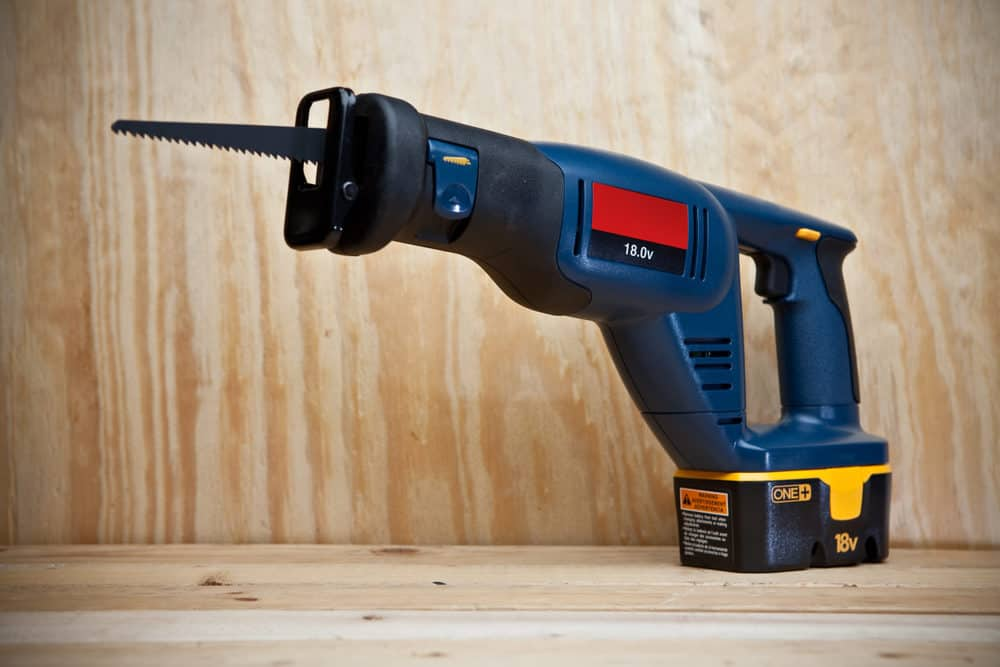7 Best Reciprocating Saws (2020 Reviews)