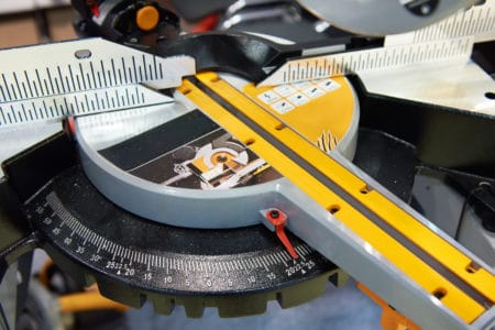 Difference between a sliding and non-sliding miter saw