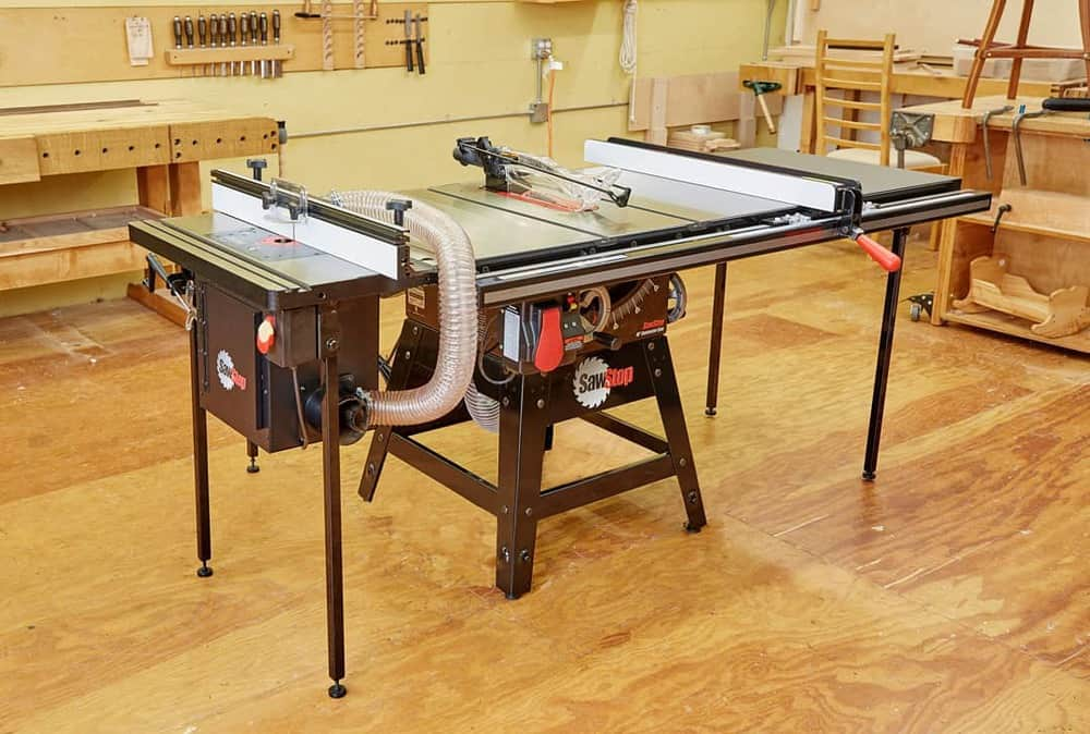 7 Best Cabinet Table Saws (2020 Reviews)