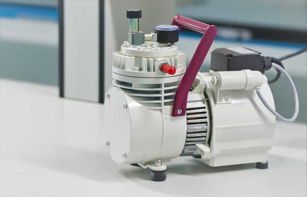 White 12v air compressor