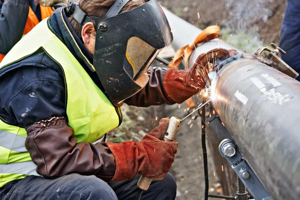 Welding pipeline