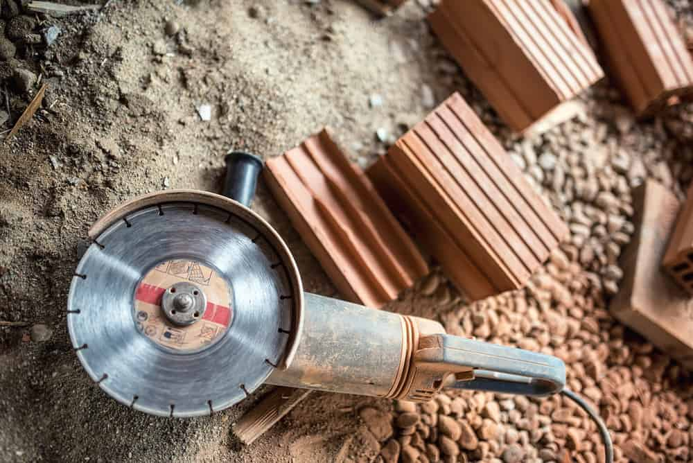 Angle grinder for woodworking