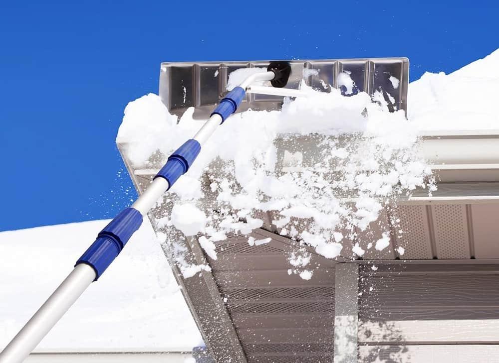 Raking snow off roof