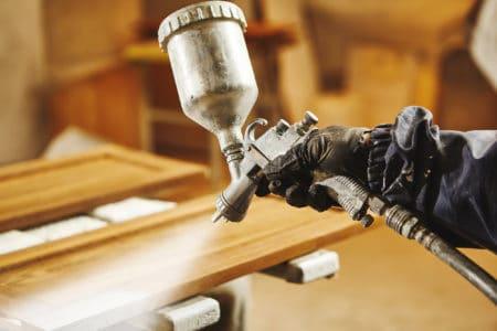Staining wood with white airless spray gun